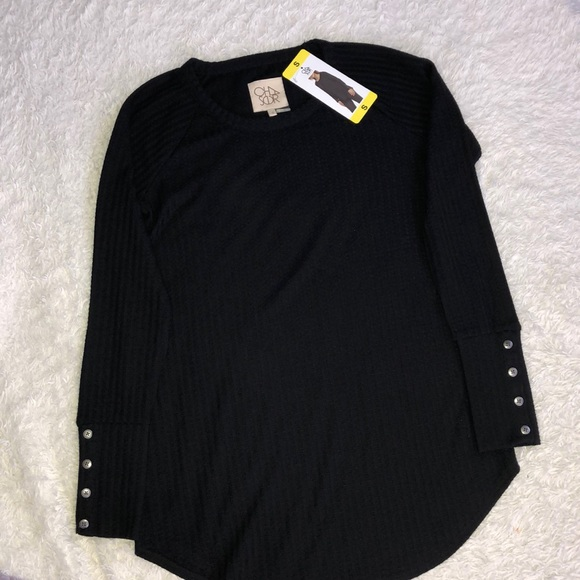 Women/'s Black Waffle Print Cute Bell Sleeve Black Thin Sweater Top New with Tag